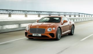 Bentley Continental GT V8 - front quarter