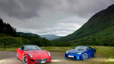 LFA v 599 GTO