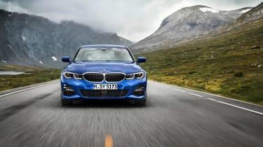 BMW 3-series G20 revealed - M Sport nose