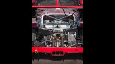 Ferrari F40 LM - engine bay