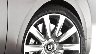 2013 Bentley Flying Spur alloy wheel