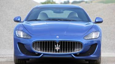 2012 Maserati GranTurismo Sport front grille