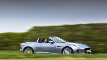 2013 Jaguar F-type V6 side profile