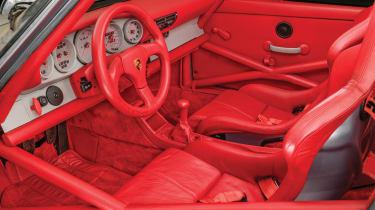 Porsche 911 Carrera RSR - interior