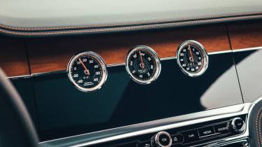 Bentley Flying Spur V8 dials