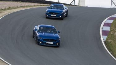 Ford Mustang GT V8 cornering
