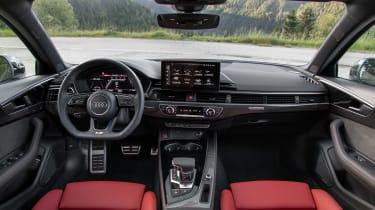 Audi S4 TDI review -  Avant dash