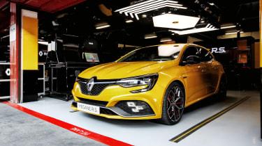 Renault Sport Megane RS 300 Trophy - header