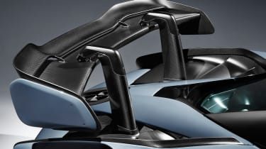 McLaren Senna – rear wing