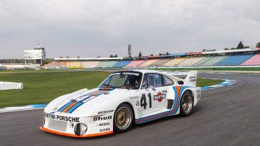Porsche 935 - front quarter