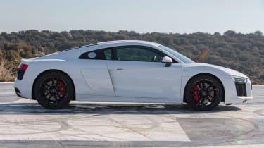 Audi R8 RWS - profile