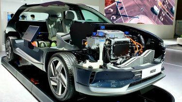 Hydrogen cars – Nexo