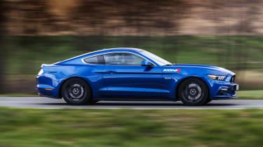 Ford Mustang GT V8 side profile