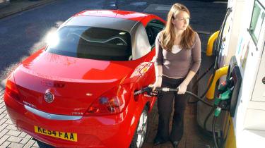 UK Fuel pumps giving avay free fuel