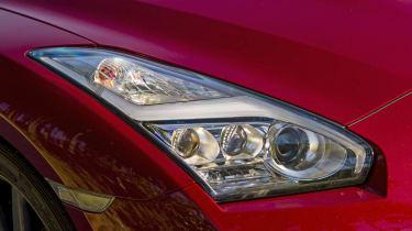 Nissan GT-R 2014 headlight