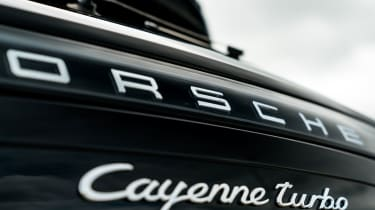 Porsche Cayenne Turbo - Badge