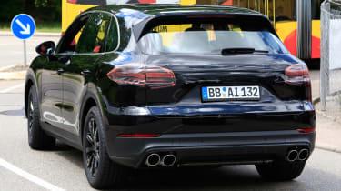 Porsche Cayenne spy shot