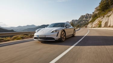 Porsche Taycan Cross Turismo - 4S tracking