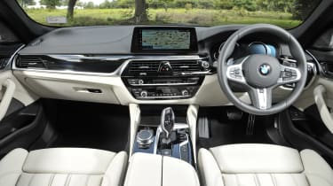 BMW 530d xDrive Touring interior