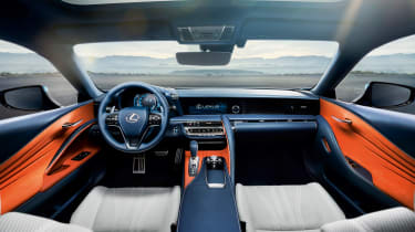 Lexus LC 500 Structural Blue edition - dash
