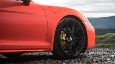 Porsche 718 Boxster S - brakes