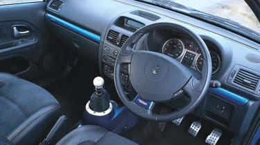Renault Sport Clio V6 255 Illiad Blue