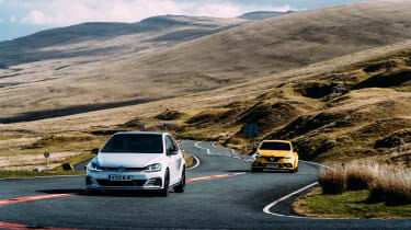 VW GTI TCR vs Megane RS Trophy - fronts