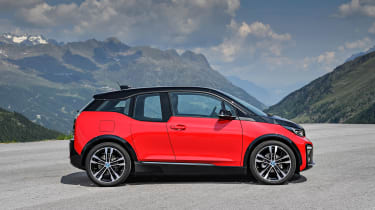 BMW i3s - profile