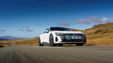 Audi e-tron GT quattro – front tracking