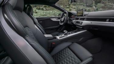Audi RS5 - interior