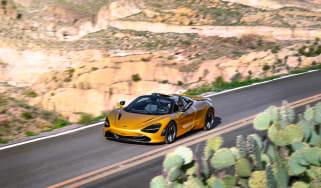 McLaren 720S Spider gold - front quarter