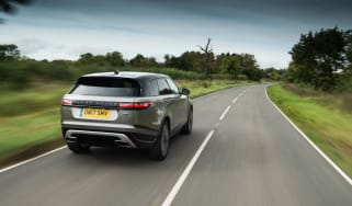 Range Rover Velar P380 First Edition - rear tracking