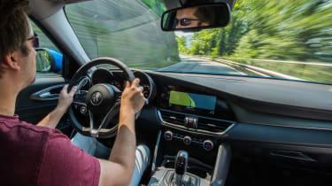 Alfa Romeo Giulia Veloce - Antony driving