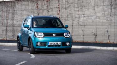 Suzuki Ignis cornering front