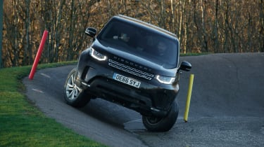 Land Rover Discovery - front