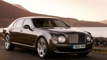 Bentley Mulsanne front static to left