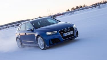 Audi RS3 - snow driving