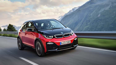 BMW i3s - driving front 4