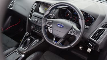 Ford Focus RS Mountune M400 - Interior