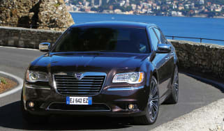 Chrysler 300C Lancia Thema