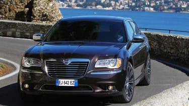 Chrysler 300C Lancia Thema
