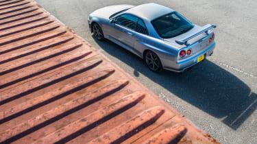 Nissan GT-R R34 - top
