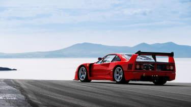 Ferrari F40 LM - rear