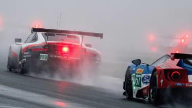 WEC R7 Fuji - RSR v GT