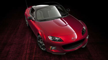 Mazda MX-5 25th Anniversary Soul Red front