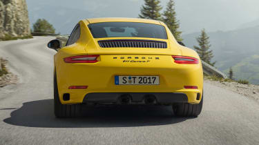 Porsche 911 Carrera T - rear