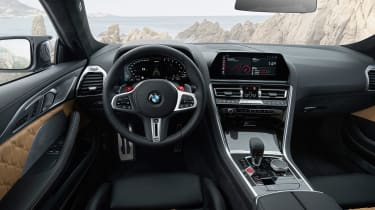 BMW M8 Competition - dash