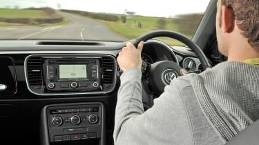 Volkswagen Beetle 1.4 TSI Sport driving