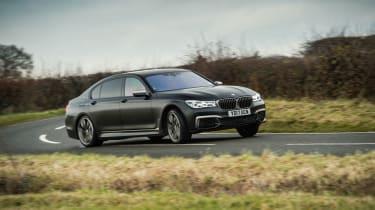 BMW M760Li xDrive - Front