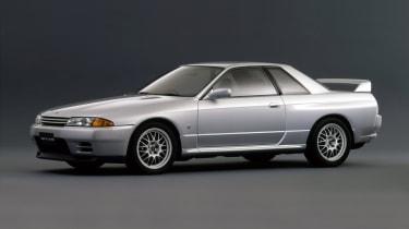 Nissan Skyline GT-R R32 - side